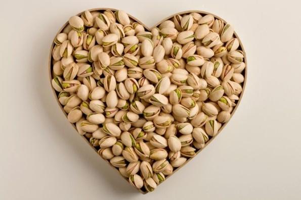 pistacchio-proprieta-benefiche-nutrizionali